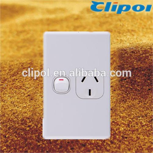 Slimline white 250V 15A single vertical powerpoint Clipol